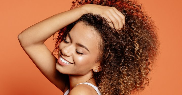 A Full Guide To Low Porosity Hair: What It Is, Why It Matters & Tips